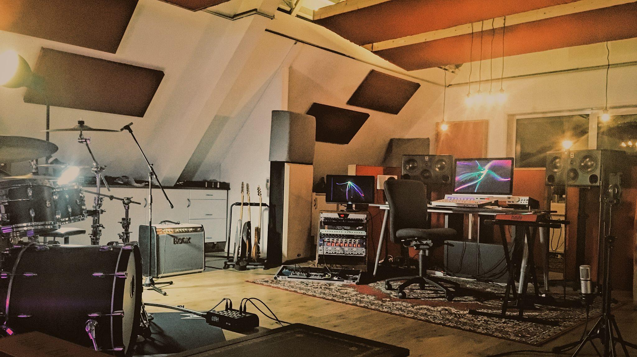 Hiterate studio